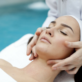Ultraceuticals Azyme Enzyme Power Peel Facial (1 hour)